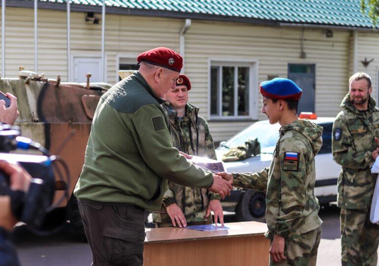 Испытания на право ношения высшего символа отличия курсантов ЦСПВ «Витязь» - Крапово-василькового берета.