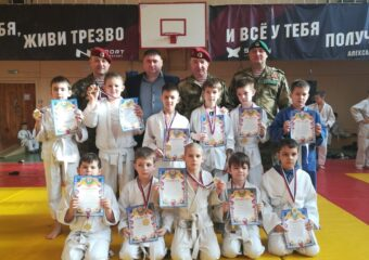 12 февраля в г. Пензе прошли соревнования (весёлые старты) среди групп начальной подготовки городских клубов дзюдо, посвящённые дню Защитника Отечества.