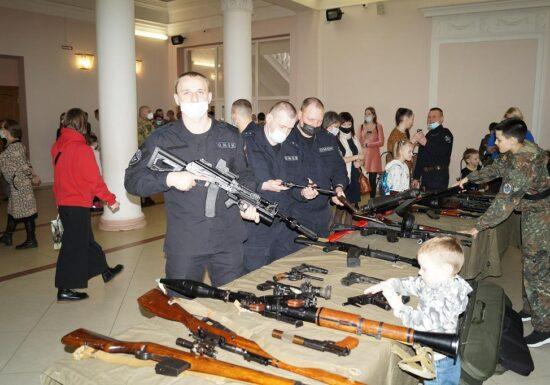Праздничные мероприятия в городе Череповец, посвященные 5-летию создания войск национальной гвардии Российской Федерации